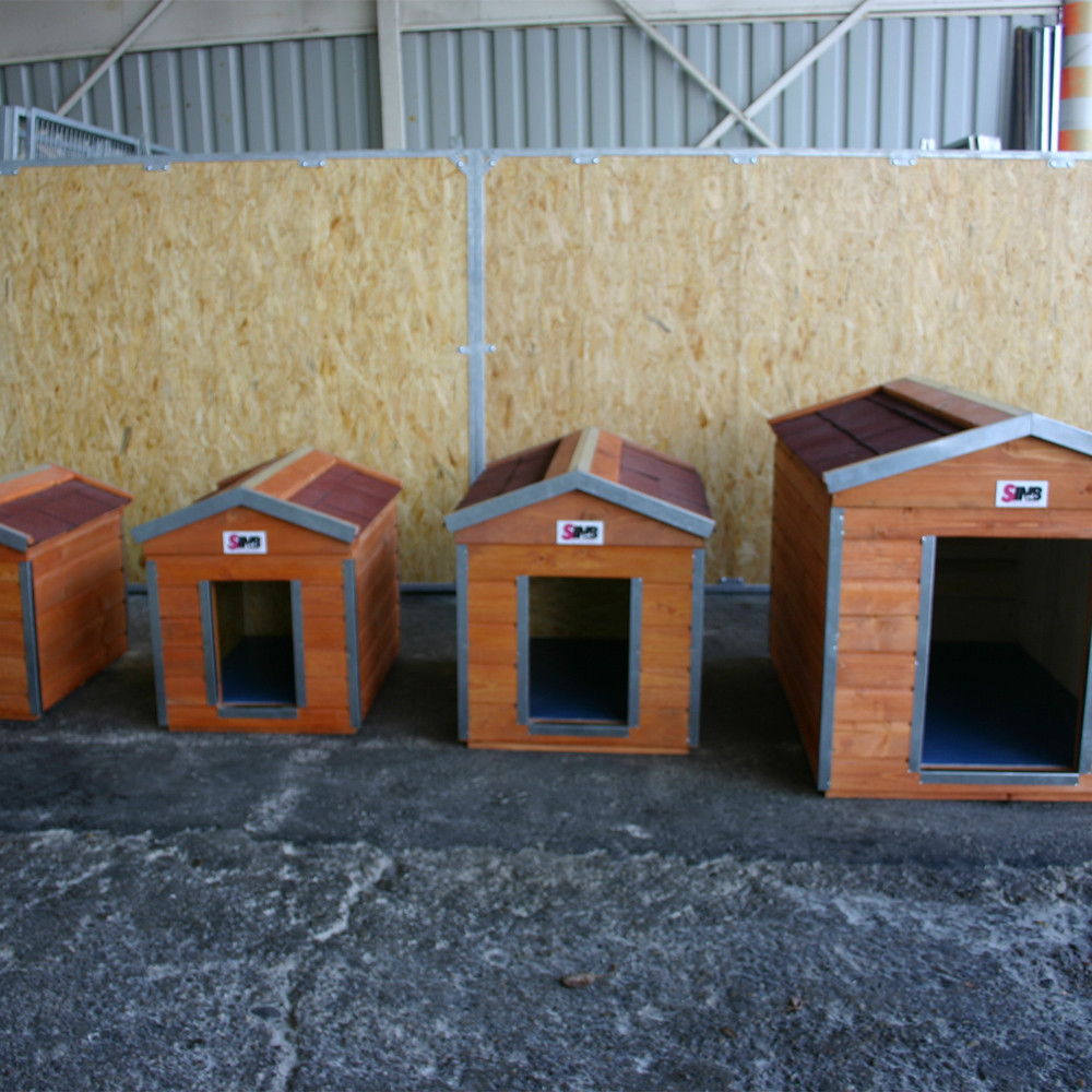 Dog house production in all sizes.
